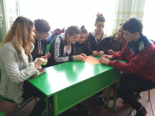 Мультфільми - власними руками: Підлітки вчаться створювати магію і дискутують про вибори