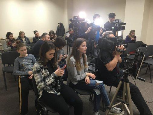 Марафон у день виборів триває у Прес-клубі у Кропивницькому