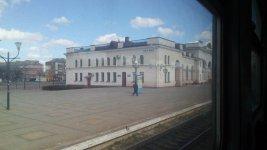 вокзал станції Знам'янка з вікна електропоїзда