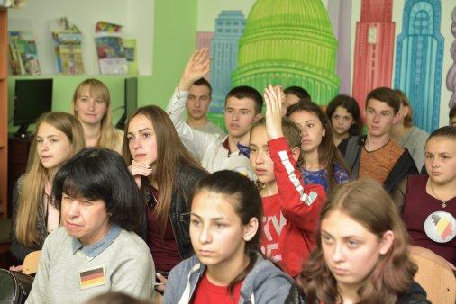 """Команда """"Team Europe"""" завітала у Новоєгорівку!"""