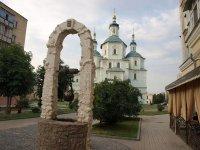 Пам'ятник сумці у місті Суми - фото з сайту ua.igotoworld