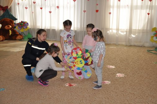 Рятувальники розповіли дошкільнятам про важливість правил безпеки