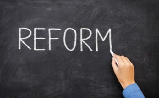Реформа політичних партій. Фінанси чи ідеологія?