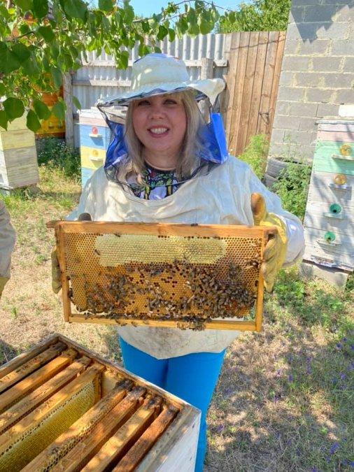 Родина бджолярів запрошує на гостини!