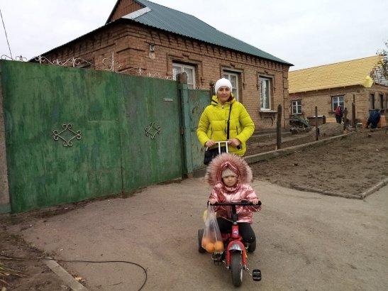 Оксана Мінакова каже, що за новий дах не заплатили ані копійки