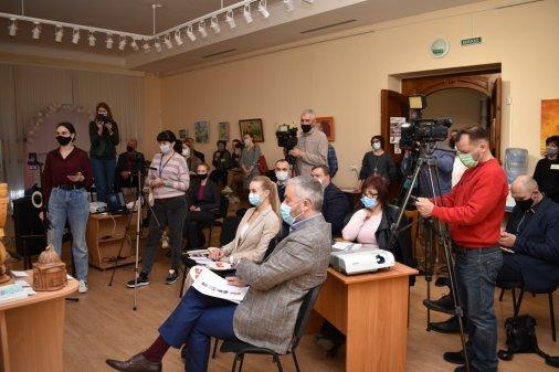 Майже 100 тисяч гривень зібрали на Великодньому Аукціоні