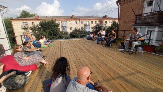 Гурт «Анатомія стихій» вперше дав концерт на даху