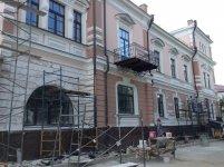 """Колишній готель """"Версаль"""" - у процесі реставрації (літо 2013)"""